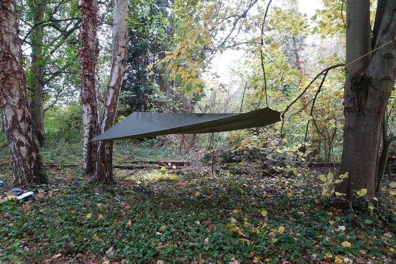 Le montage du tarp sur mon hamac